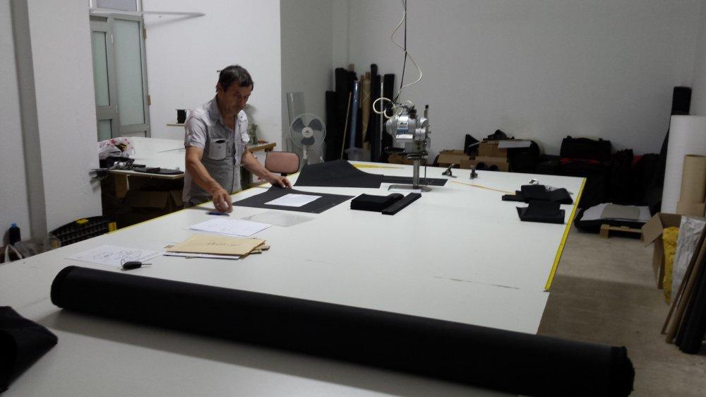 Atelier fabrication housse technique