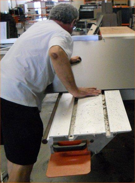 Fabrication Flight case : découpe panneaux